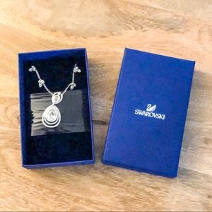 NEW Swarovski Crystal Titian necklace